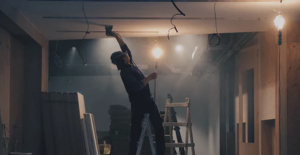 Simple Ladder Safety Tips to Prevent Injury